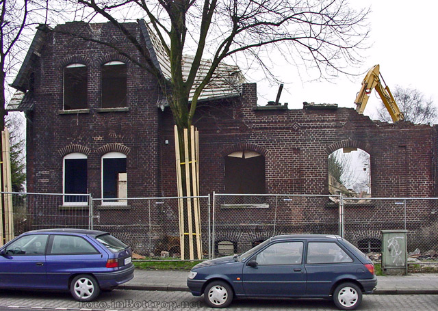 xSR-Haus01